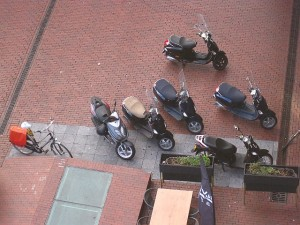 Scooters in Stadshart 20100920 20